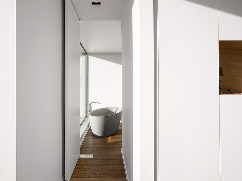 boa interior pivot deuren