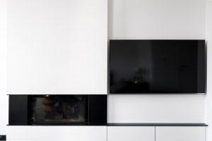 haardmeubel met een flatscreen televisie
