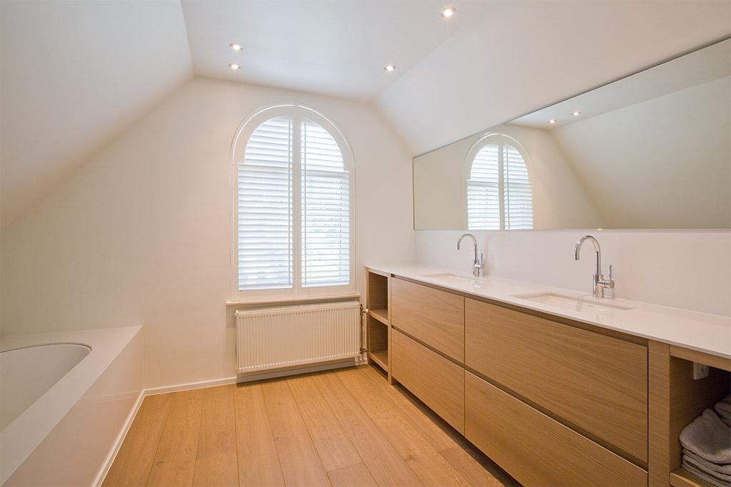 interieur en sanitair van badkamer boa